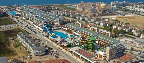 Hotel Crystal Waterworld Resort1